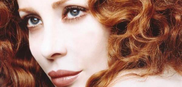 Francesca-Dellera,-è-un'attrice-e-modella-Italiana..jpg
