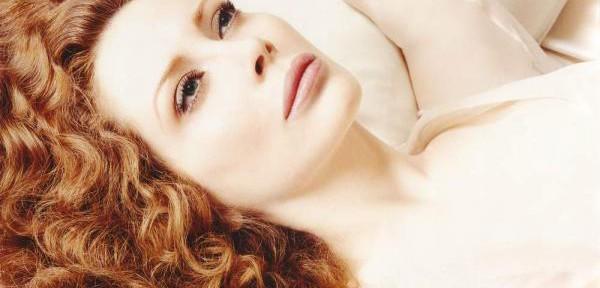 Francesca-Dellera-movie-star-cinema-actress.jpg